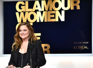 LOS ANGELES, CA - NOVEMBER 14: Actress Amy Poehler speaks onstage at Glamour Women Of The Year 2016 at NeueHouse Hollywood on November 14, 2016 in Los Angeles, California. (Photo by Stefanie Keenan/Getty Images for Glamour) *** Local Caption *** Amy Poehler