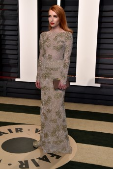 BEVERLY HILLS, CA - FEBRUARY 26: Actor Emma Roberts attends the 2017 Vanity Fair Oscar Party hosted by Graydon Carter at Wallis Annenberg Center for the Performing Arts on February 26, 2017 in Beverly Hills, California. (Photo by Pascal Le Segretain/Getty Images)