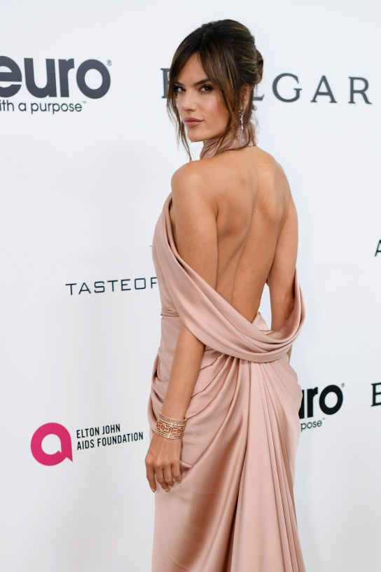 WEST HOLLYWOOD, CA - FEBRUARY 26: Model Alessandra Ambrosio attends the 25th Annual Elton John AIDS Foundation's Academy Awards Viewing Party at The City of West Hollywood Park on February 26, 2017 in West Hollywood, California. (Photo by Dimitrios Kambouris/Getty Images for EJAF)
