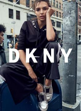 DKNY_FA17_CAMPAIGN_SHOES_02_PR_V