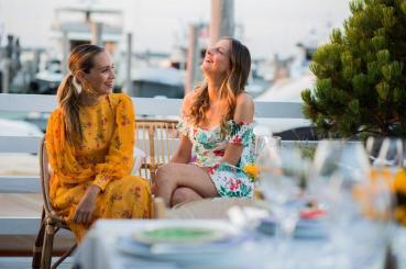 Luisana Mendoza de Roccia and Sylvana Durrett
