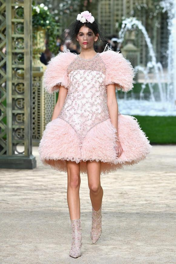 Kaia Gerber, Chanel spring 2018 couture (Getty Images)