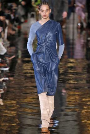 Stella McCartney fall 2018 (FirstVIEW)