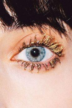 eye (93)