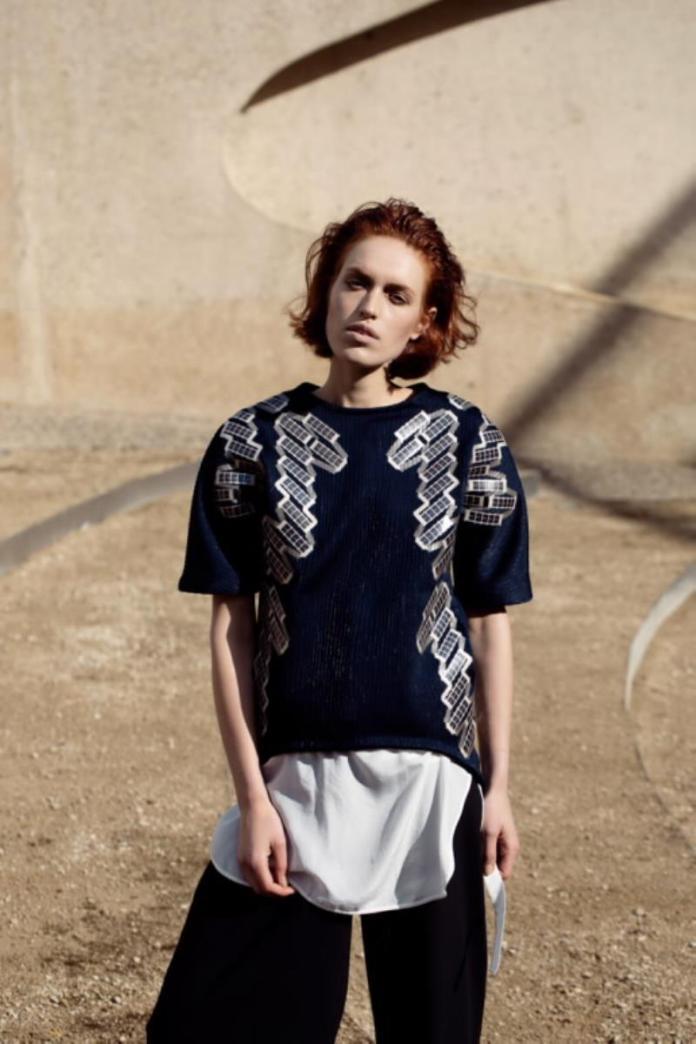 Pauline van Dongen Wearable Solar Shirt