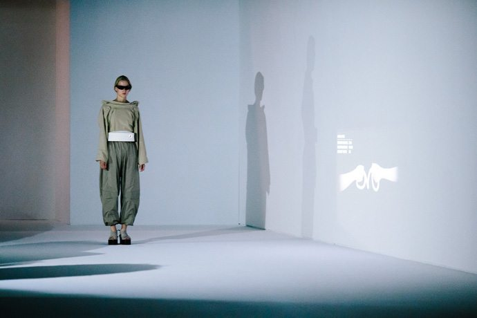"""The theme of the """"Room Tone"""" show and collection presented Sept. 30, 2016, at Parish Fashion Week centers on """"the here and now of London life,"""" consisting of a series of five studies that are simultaneous reactions and proposals on how certain attitudes or realities can be experienced or optimized. Paris Fashion Week's Spring/Summer 2017 event runs Sept. 27-Oct. 5, 2016. (Credit: Intel Corporation)"""