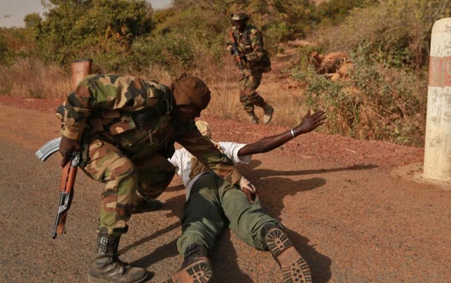 Zone des trois frontières : La Force Conjointe du G5 Sahel démantèle un réseau de terroristes