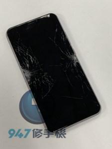 恐怖密室逃脫之ASUS ZENFONE 4 摔機大冒險破裂的面板!!ASUS 手機維修