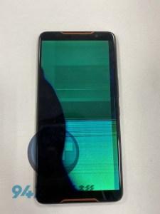 打遊戲太衝動一怒之下把ASUS ROG PHONE手機甩了出去,面板就再也不顯示了!!ASUS手機維修