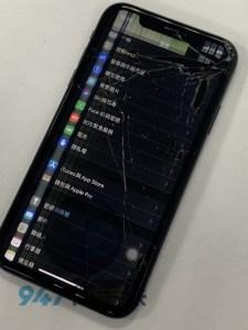 IPHONE XR 的顯示液晶就破掉了 發生了甚麼事情?IPHONE 螢幕維修
