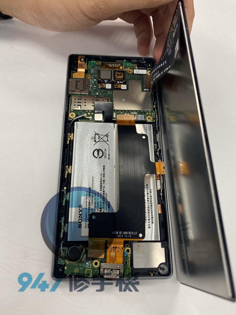 SONY X10+手機維修_尾插更換_面板更換03