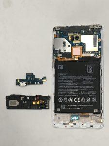 在家顧小孩已自顧不暇,紅米NOTE4X無法充電也來湊一腳?!紅米手機維修
