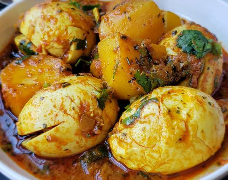 potato egg curry