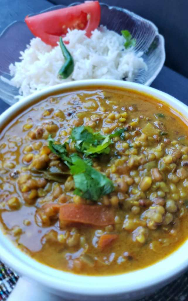transfer matki dal to serving bowl