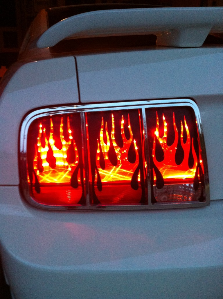 MUSTANG FLAMING TAIL LIGHT COVERS 05 09