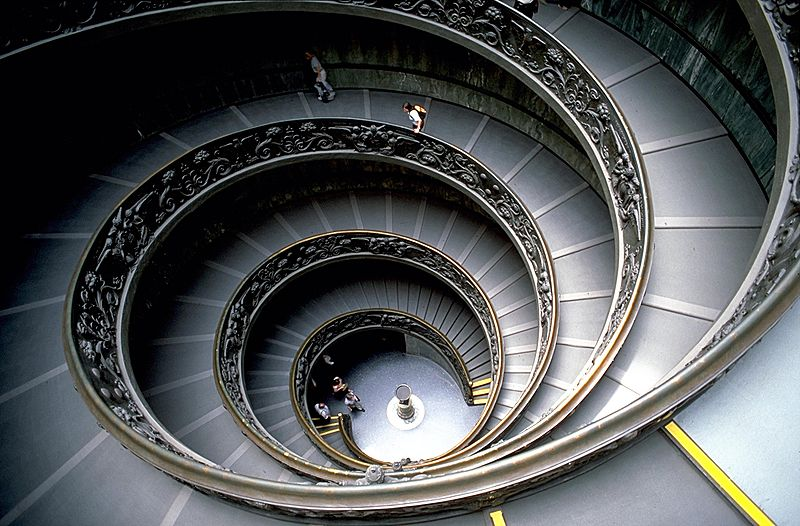 800px-VaticanMuseumStaircase