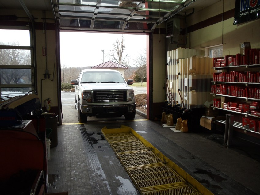 Fast Lane Oil Change and Car Wash Oil change bay