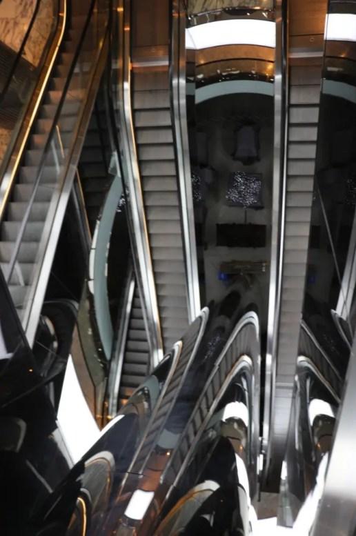 Wacky Escalator