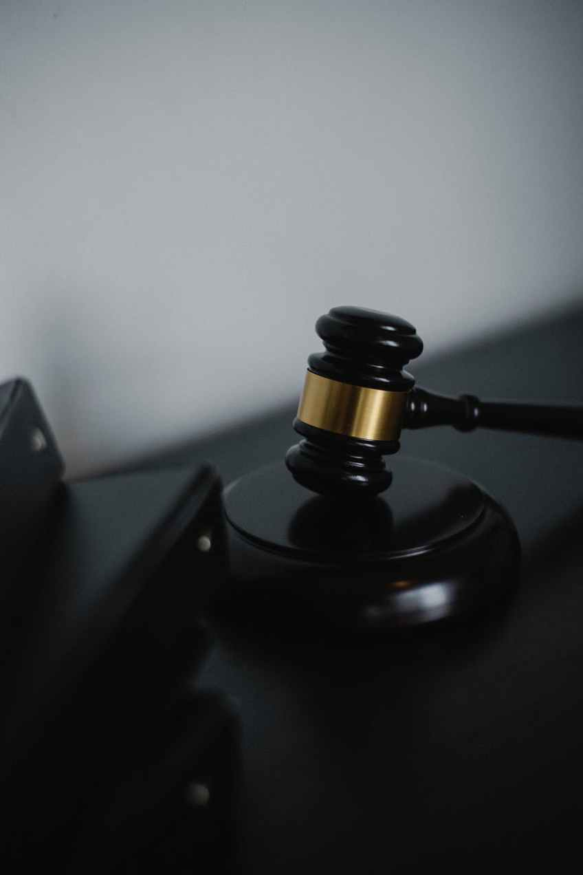 What is the Difference Between State and Federal Criminal Cases?