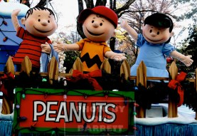 PEANUTS at the 89th Macy's Thanksgiving Day Parade 11-26-2015 John Barrett/Globe Photos 2015