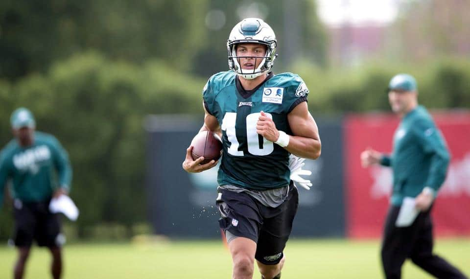 """0400cc564 By Mary Cunningham Eagles quarterback Carson Wentz and rookie wideout Mack  Hollins share an agent and also a view of the world  """"He talked about how  long ..."""