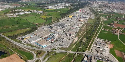 La recogida y gestión de residuos industriales en el polígono Jordi Camp y Congost