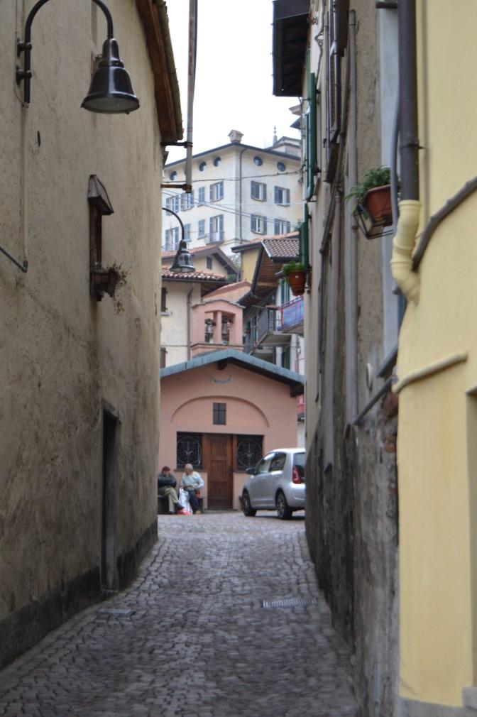Como village