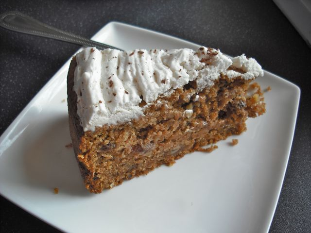 https://i2.wp.com/fatgayvegan.com/wp-content/uploads/2011/05/carrot-cake.jpg?fit=640%2C480&ssl=1