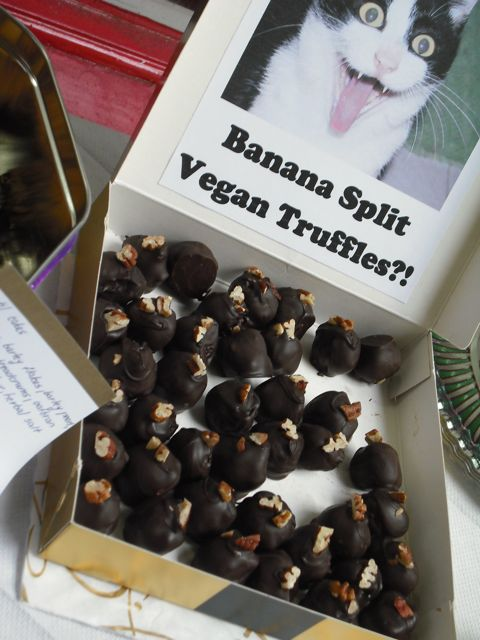 https://i2.wp.com/fatgayvegan.com/wp-content/uploads/2011/06/truffles.jpg?fit=480%2C640