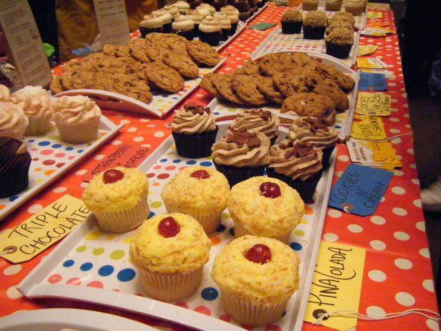 https://i2.wp.com/fatgayvegan.com/wp-content/uploads/2011/08/ms-cupcake.jpg?fit=640%2C480&ssl=1