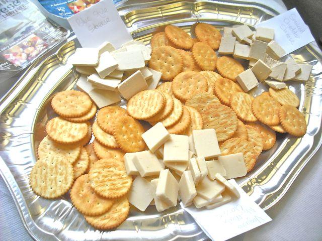 https://i2.wp.com/fatgayvegan.com/wp-content/uploads/2011/09/cheese-crackers.jpg?fit=640%2C480&ssl=1