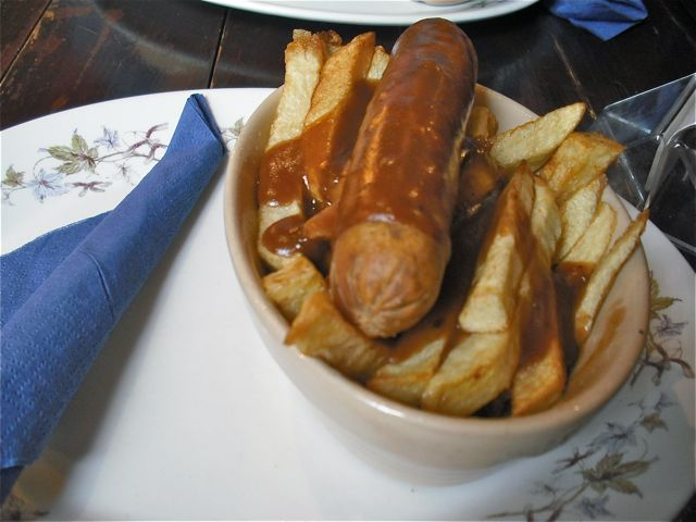 https://i2.wp.com/fatgayvegan.com/wp-content/uploads/2011/11/sausage-chips.jpg?fit=640%2C480