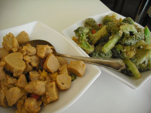 https://i2.wp.com/fatgayvegan.com/wp-content/uploads/2012/04/broc-chick.jpg?fit=640%2C480