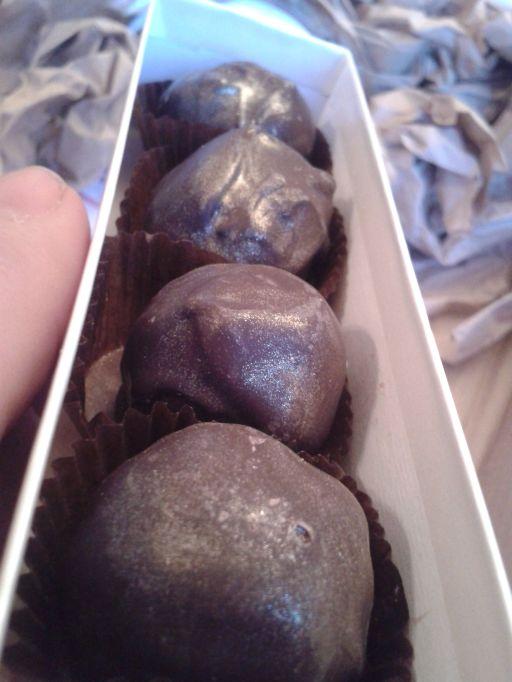 Dark chocolate & Amaretto truffles