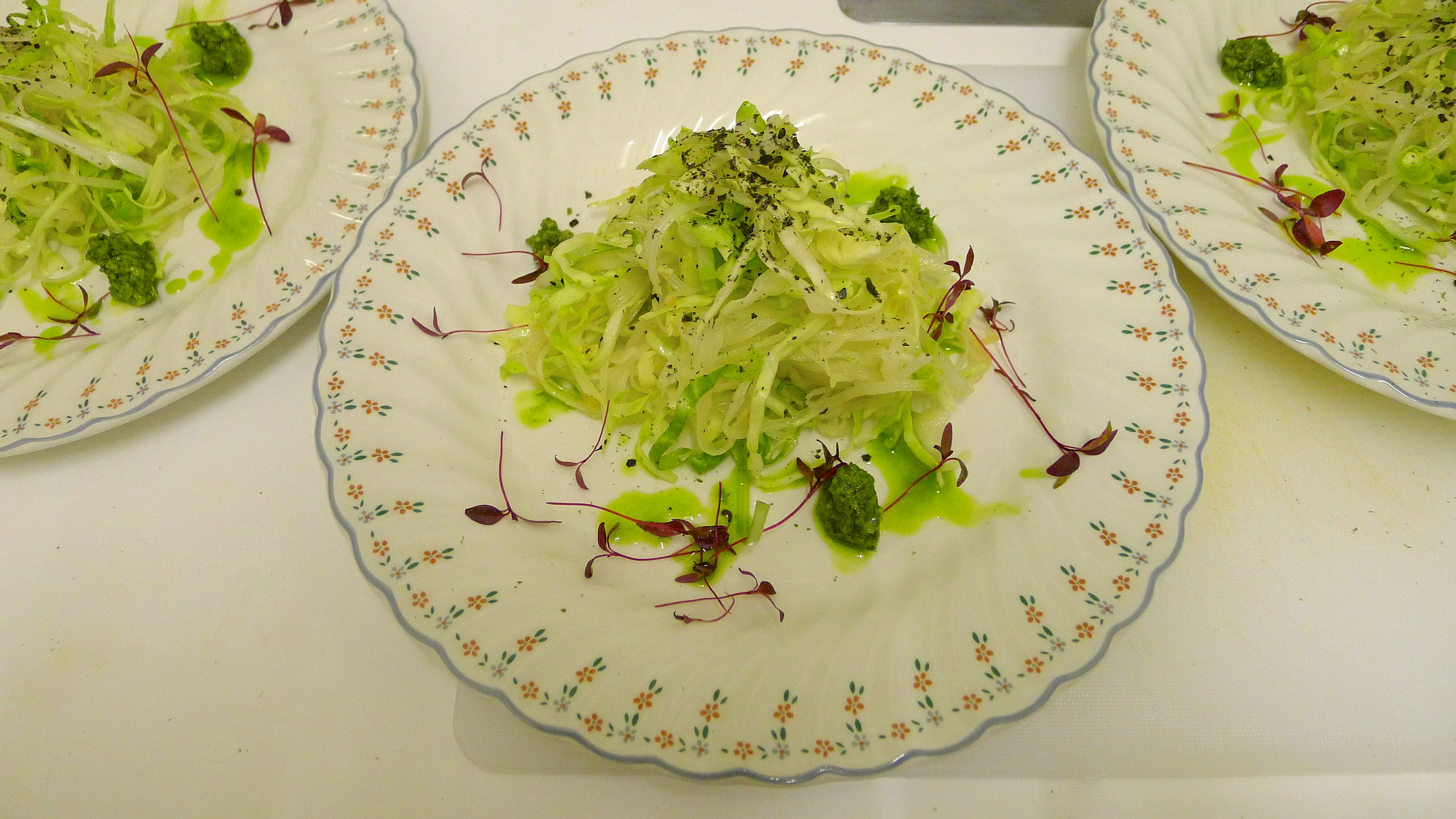 https://i2.wp.com/fatgayvegan.com/wp-content/uploads/2014/03/chiffonade-savoy-daikon-scallion-with-ginger-miso-dressing.jpg?fit=3968%2C2232