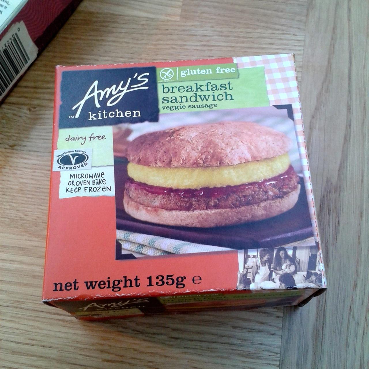https://i2.wp.com/fatgayvegan.com/wp-content/uploads/2014/07/amys-sandwich.jpg?fit=1280%2C1280