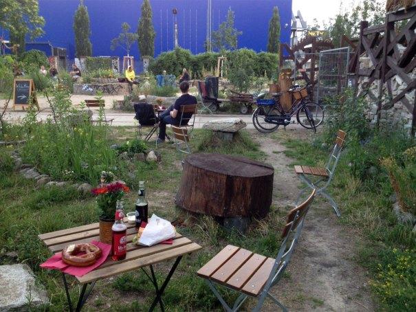 Wilder-Hase-vegan-beergarden-Berlin-1