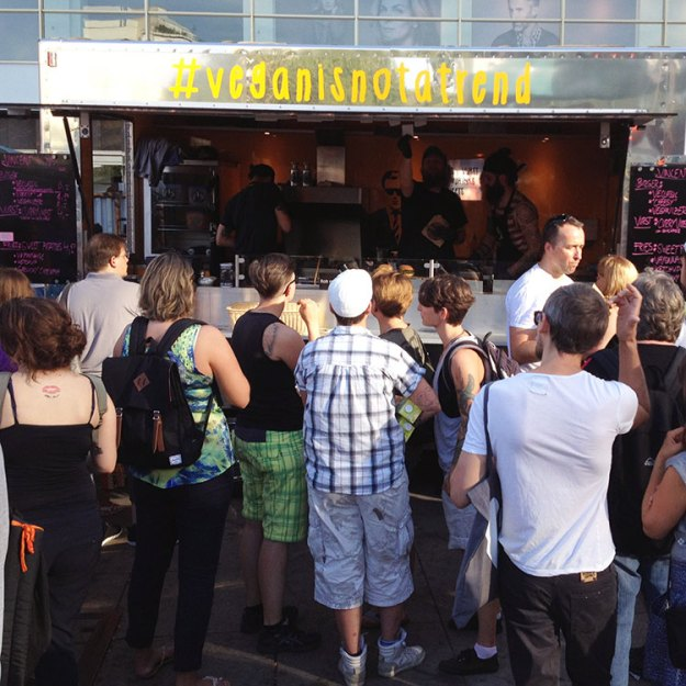 Vincent Vegan food truck at Berlin Vegan Summerfest 2015
