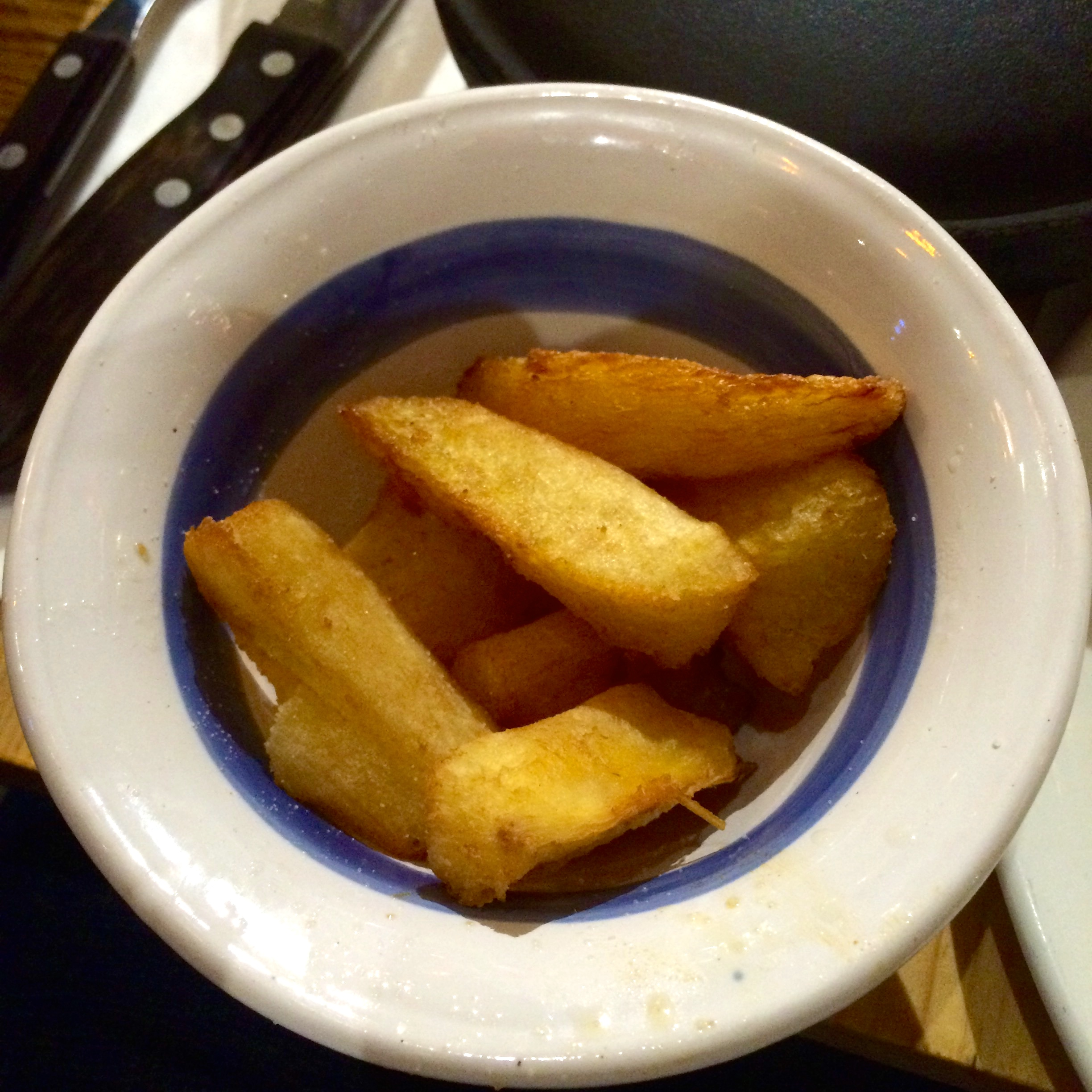 https://i2.wp.com/fatgayvegan.com/wp-content/uploads/2015/12/cassava-chips.jpg?fit=2448%2C2448