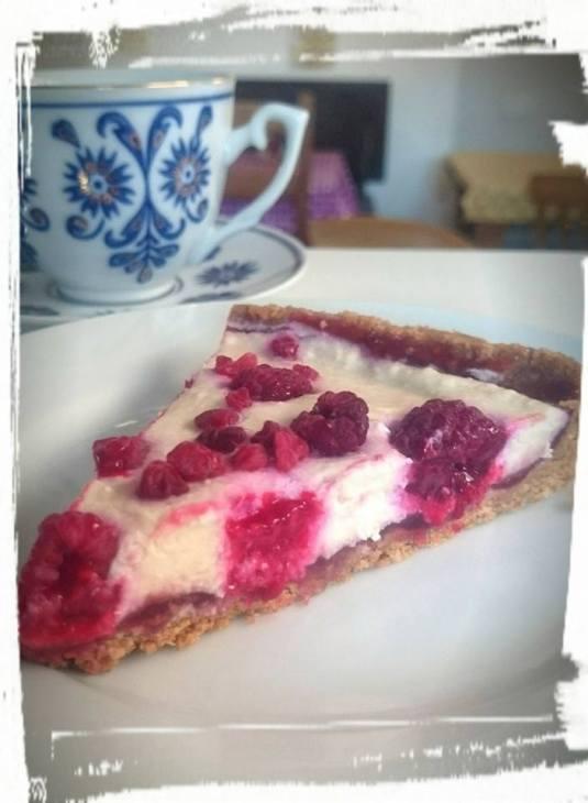 FGV Raspberry 'no' cheesecake