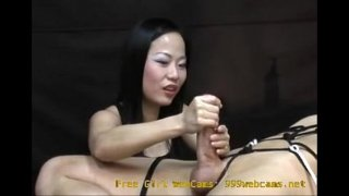 Asian Girl Gives an Intense Hand Job You Will Never Forget!  – 999webcams.net
