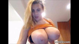 Busty BBW Squirting On Webcam Cam2it.com