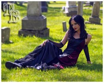 Gothic cemetery shoot