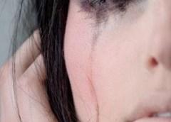 running makeup crying
