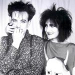 robert smith and siouxsie sioux goth hair