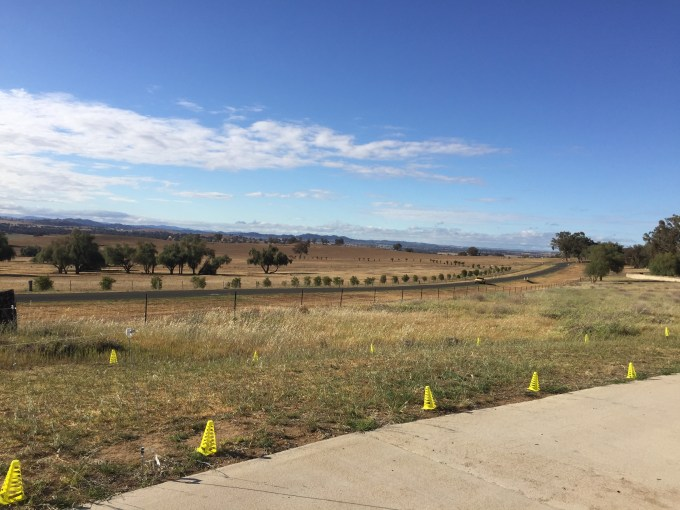 Looking in the opposite direction at the start/finish of Cowra parkrun.