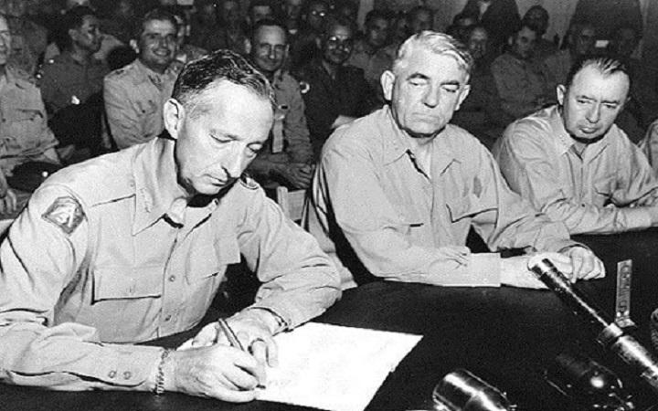 Signing of Korean War Armistice Agreement