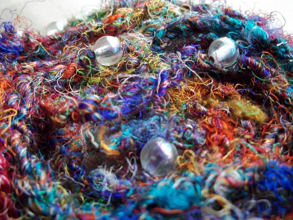Sari Silk Beaded Necklace (1/3)