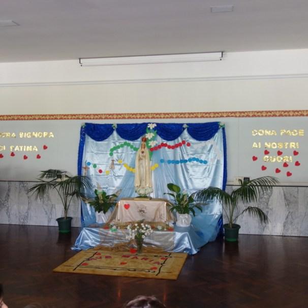 Araldi del Vangelo, scuola, La Spezia, Madonna di Fatima-010