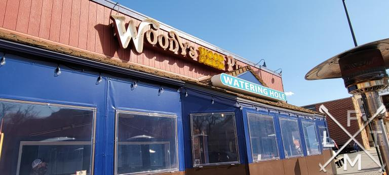 Woody's woodfire pizza and watering hole in golden on Washington Avenue.